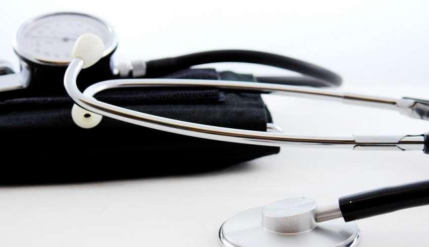 akadémikus a magas vérnyomásról)